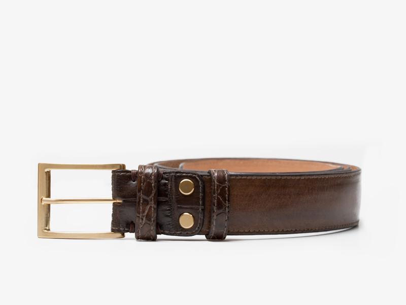108)Кожаный ремень с отделкой из кожи крокодила