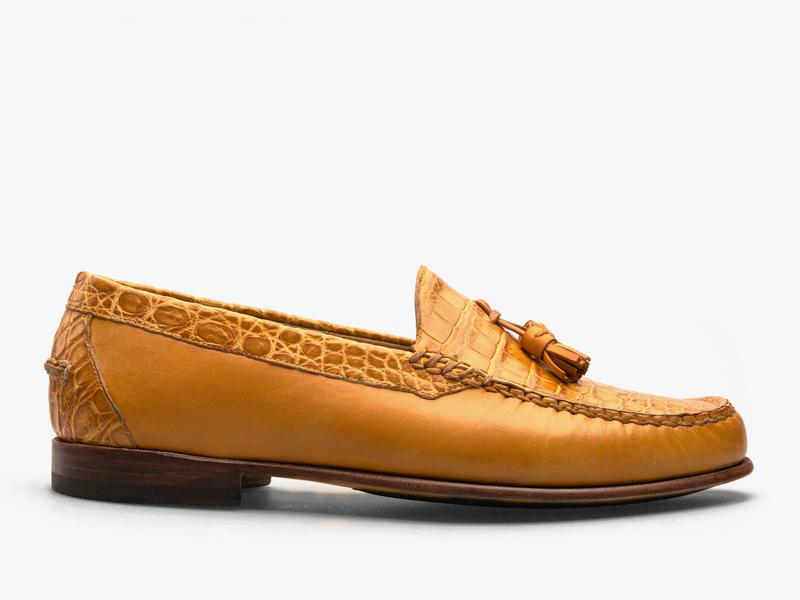 173)Мягкие классические мокасины из кожи крокодила и телёнка