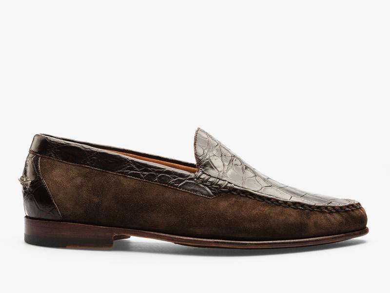 177)Коричневые классические мокасины из кожи крокодила и замши