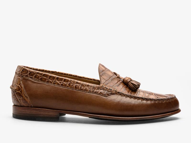 175)Коричневые классические мокасины из кожи крокодила и телёнка
