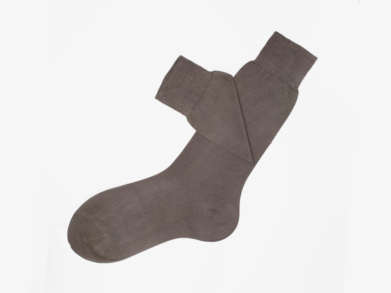 104)Коричневые носки Bresciani 1970 из 100% хлопка