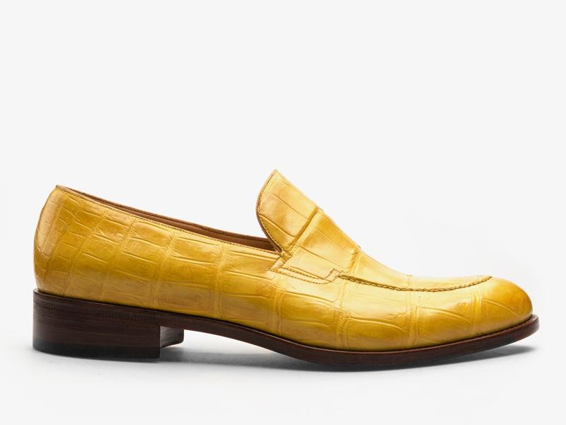 183)Яркие лоферы из кожи крокодила